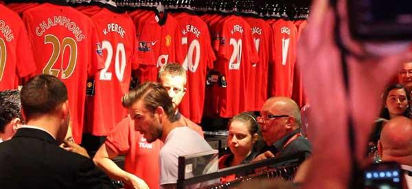 David-Beckham-Manchester-United-Club-Shop