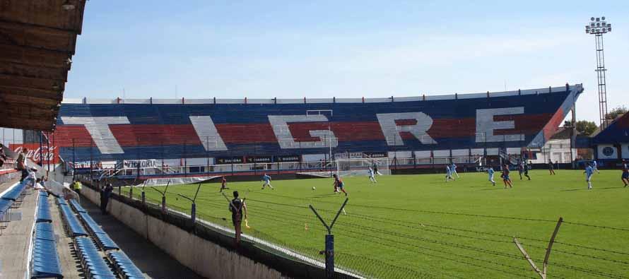 Estadio José Dellagiovana's tigre stand
