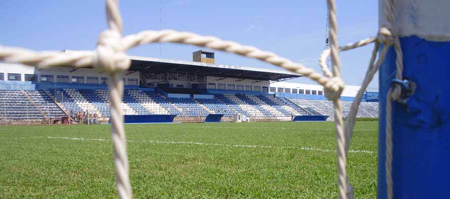 Luis Alfonso Giagni main stand