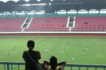 Fans touring Maguwoharjo stadium