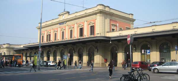 Exterior of Parma Train Station