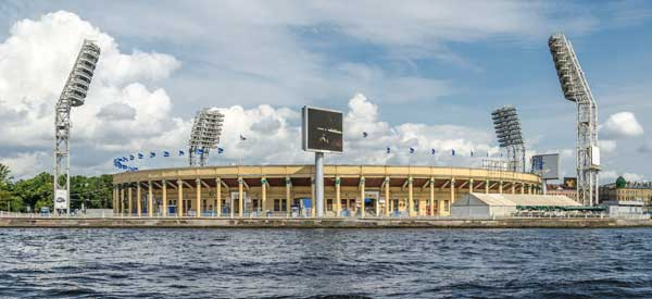 Exterior of Petrovsky Stadium
