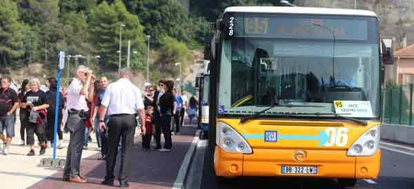 Allianz Riviera bus