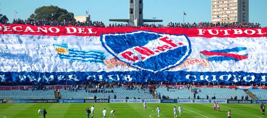 Fans unveil banner at Arsenio Erico