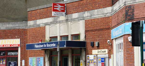 Entrance for Pokesdown for Boscombe station