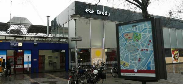 Breda train station entrance