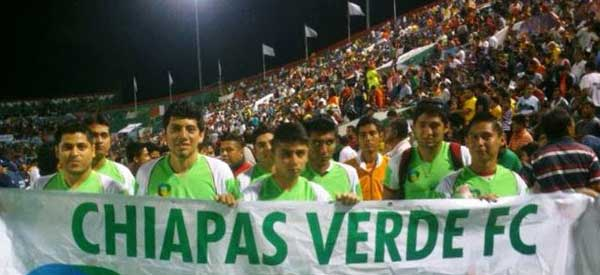 Chiapas Verde supporters inside the stadium
