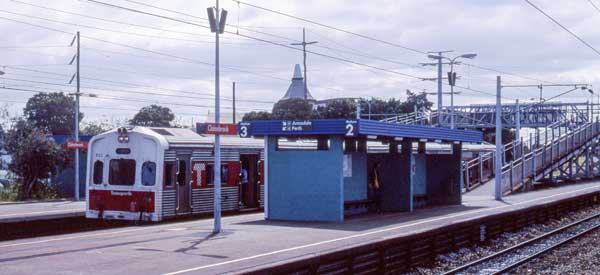 The main platform for Claisebrook Station which is a satelitte station from Peth Central.