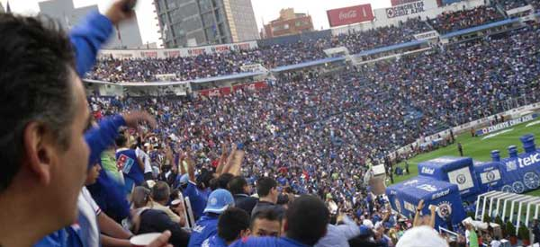 Cruz Azul supporters inside the stadium