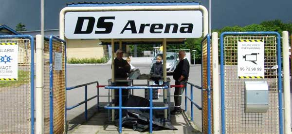 Entrance sign to DS Arena