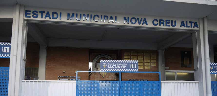 estadi nova creu alta main entrance