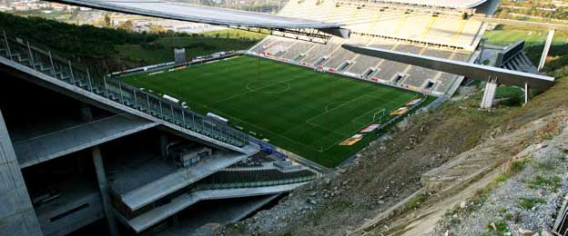 Downward view of Estadio Braga's pitch