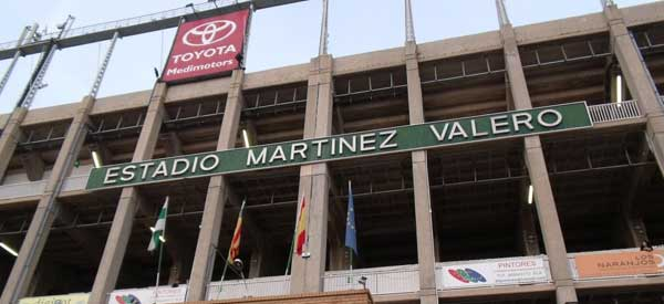 Estadio Martinez Valero sign