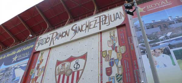 Estadio Rmaon Sanchez Mural