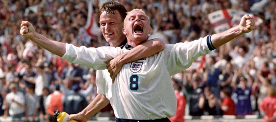 Teddy Sheringham and Paul Gascoigne celebrate.