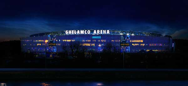 Ghelamco Arena at night