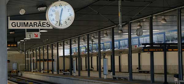 Main platform of Guimaraes train station