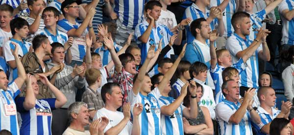 huddersfield-town-fans