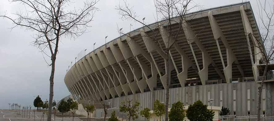 concrete curva of iberostar stadium