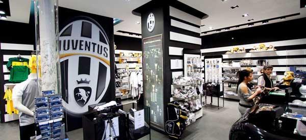 Inside Juventus Store