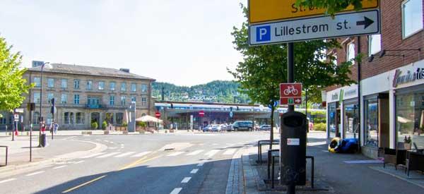 Lillestrom station sign