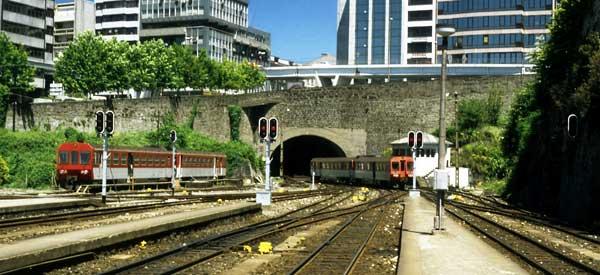 Linha de Guimaraes trains