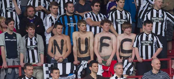 newcastle-united-fans-topless