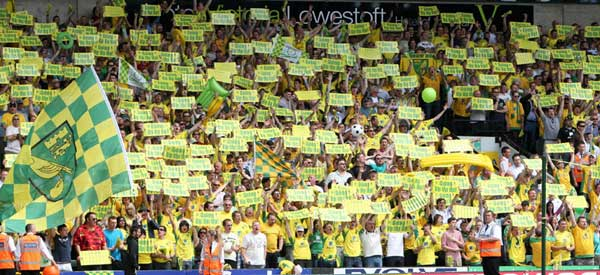 norwich-city-fans-celebrate-promotion