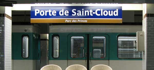 Porte de Saint-Cloud sign