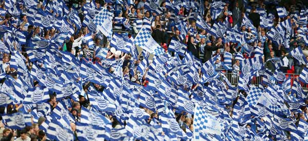 queens-park-rangers-fans-wembley