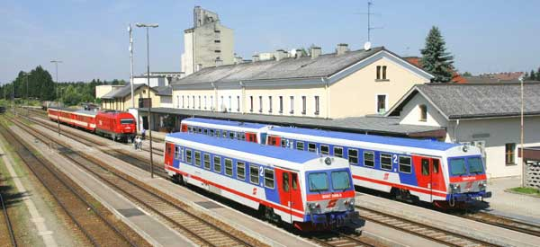 Ried im innkreis railway station