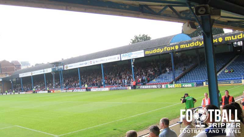 Roots Hall Stadium Guide Southend Utd F C Football Tripper