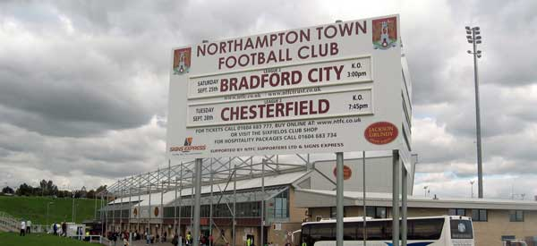 sixfields-northampton-sign