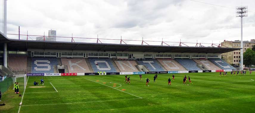 Inside Skonto Stadium before kick-off