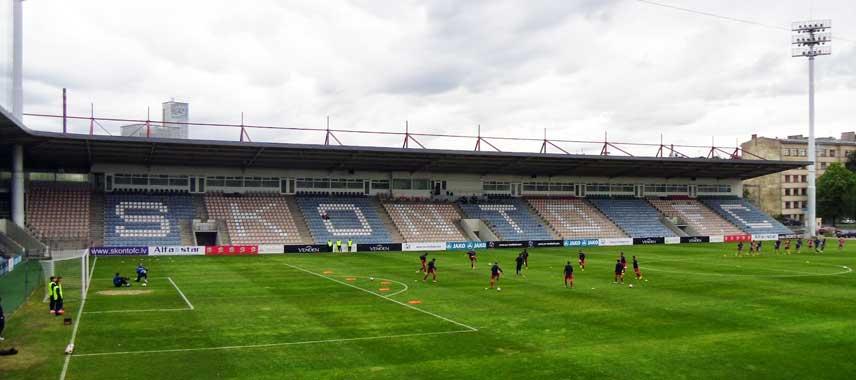 Inside Skonto Stadium before kick-off