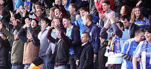 st-johnstone-supporters
