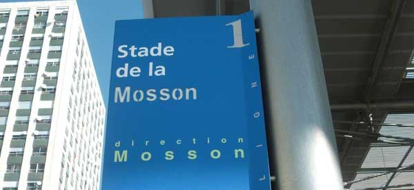 Stade de la Mosson station sign