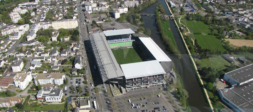 Stade Route Lorient Pitch