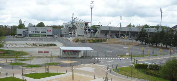 Outside Stade du Roudouroi