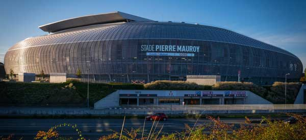 Stade Pierre Mauroy from Outside