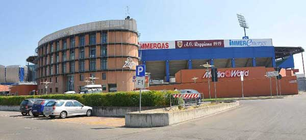 Stadei Mapei carparks