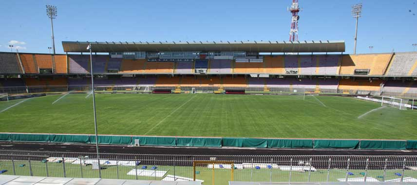 Stadio Via Del Mare's main stand