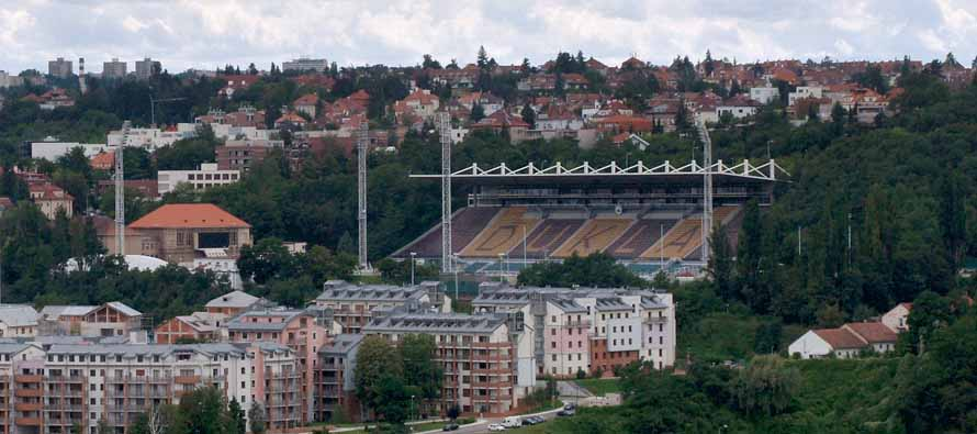 Distant view of Stadion Juliska's main stand