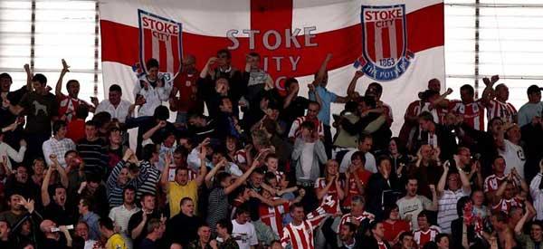 stoke-city-fans-flag