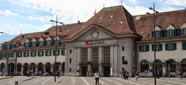 Exterior of Thun's old train station