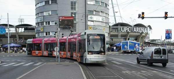 UPC Arena tram