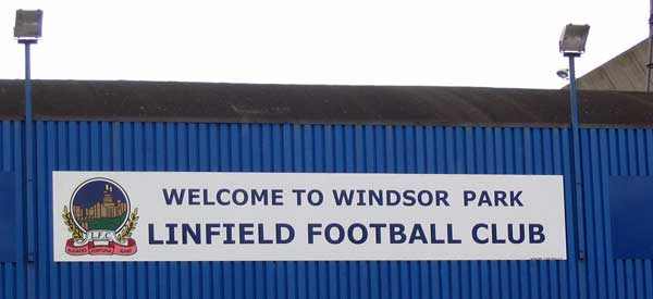 WIndsor Park Welcome SIgn